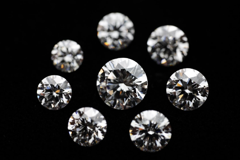照りの良いダイヤを厳選しています